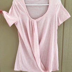 Lululemon Light Pink T Shirt - Size 6